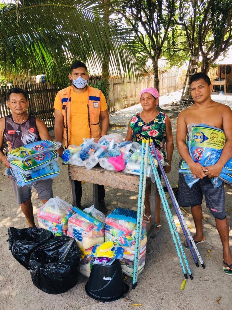 Defesa Civil realiza entrega de Kits e Cestas básicas na comunidade Macurá